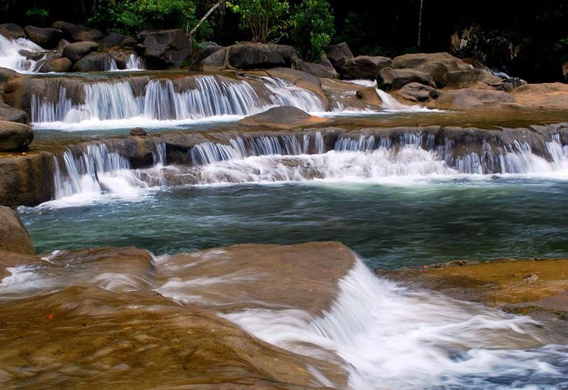 Thác nước đẹp hút hồn, khách du lịch Nha Trang không thể bỏ lỡ - ảnh 2