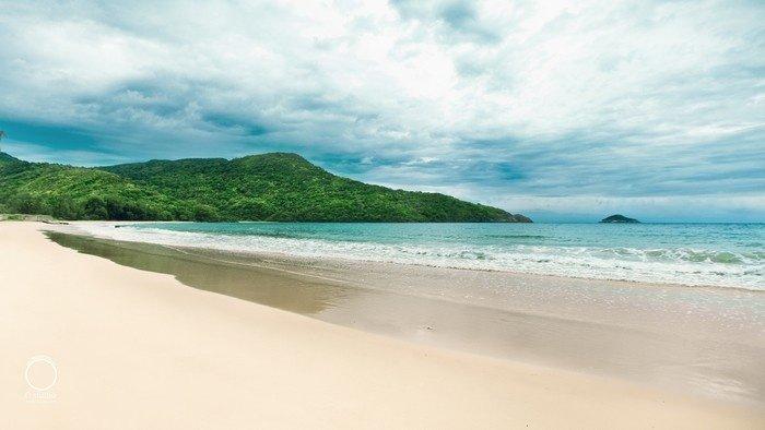 Bãi Đầm Trầu - Hòn đảo tươi xanh giữa biển trời Côn Đảo - ảnh 1